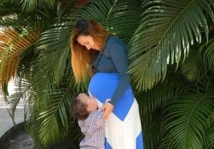 互�蛹记� | 孩子粘人,�是〓要抱抱,你可以�@�I�泳芙^ta!