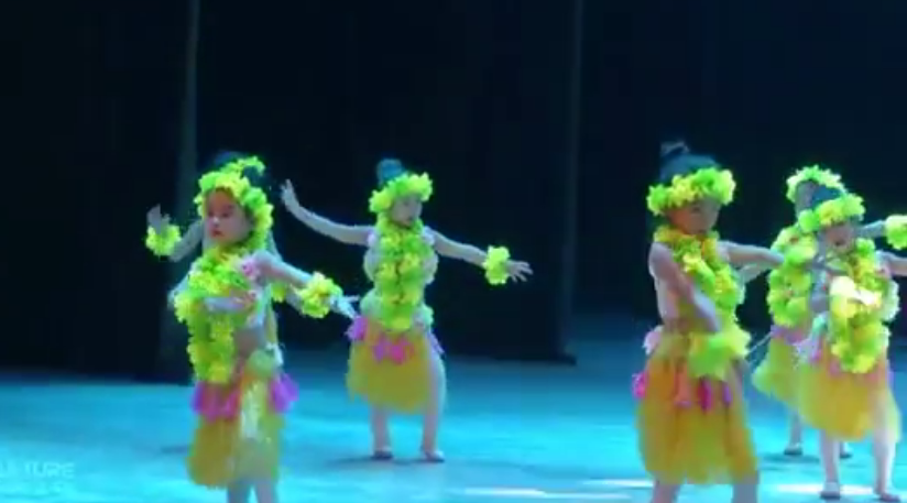 元旦舞蹈 | 《wakawaka》