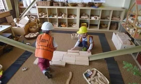 自制玩教具 | 2-6岁玩具与活动指南