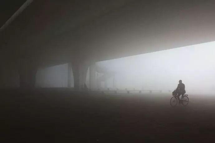 雾霾生存手册 | 在雾霾中长大的孩子,我们该如何保护你?
