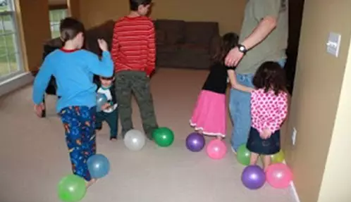 节日游戏 | 圣诞节陪孩子玩啥?来,戳此文就对了!