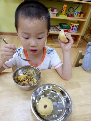小班幼儿自主性 | 让吃饭喝水变成孩子自主愿意去做的事