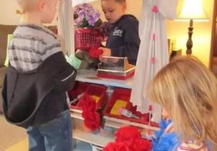 名家杂谈 | 幼儿园环境要见儿童见思想