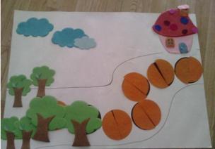 小班科学领域数学活动   五彩路