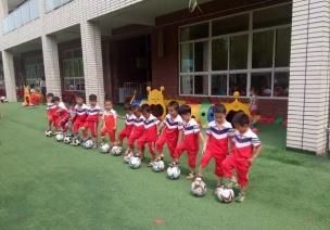 足球游戏   世界杯开始了,你的足球游戏准备好了吗?