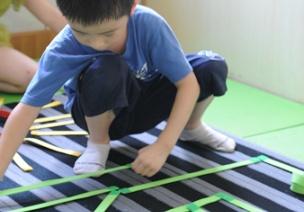 泡棉条加子母扣的超强组合,这个自制玩教具可以说很百变了!