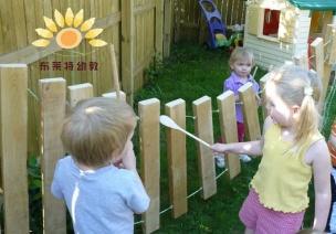 看国外幼儿园如何带给孩子玩转音乐