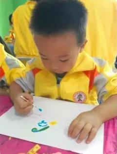 小班艺术领域美术活动 | 棉签画《菊花》