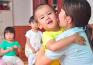 晨間接待 | 決定幼師一天工作質量最重要的小事,你做到了嗎?
