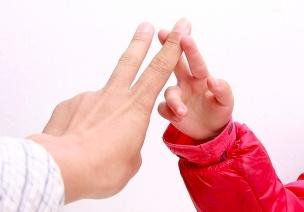小班、中班、大班手指游戏超级合集,人手必备!