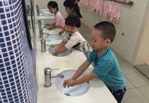 常规培养 | 升班后这样做,孩子的常规培养轻松衔接!