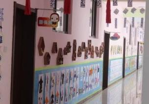 主題墻不是幼師的才藝展示區,加班做給成人觀賞有什么意義?