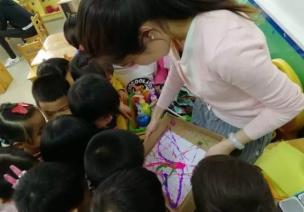 小班艺术领域美术活动 | 《弹珠烟花》