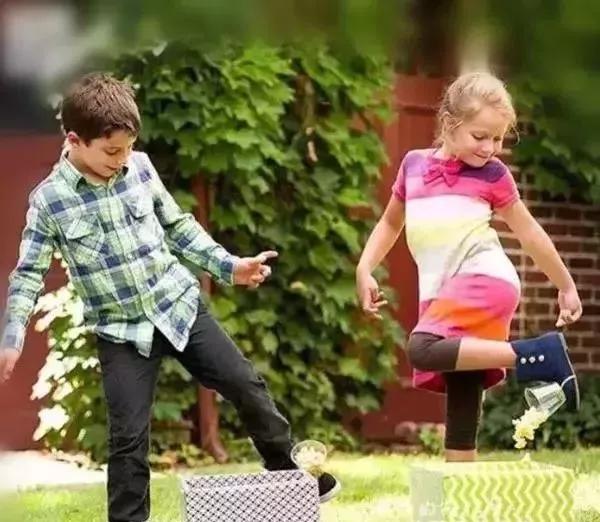 在家孩子電子產品不離手?這些家庭游戲你一定需要